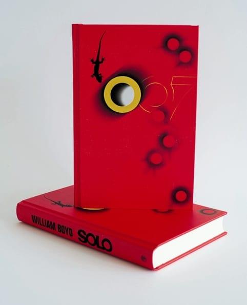 solo-by-william-boyd---stunning-inside-case-desig_660