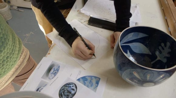 Experimental animation meets pottery 1 580x326 - Ilustrácie v pohybe & hrnčiarstvo