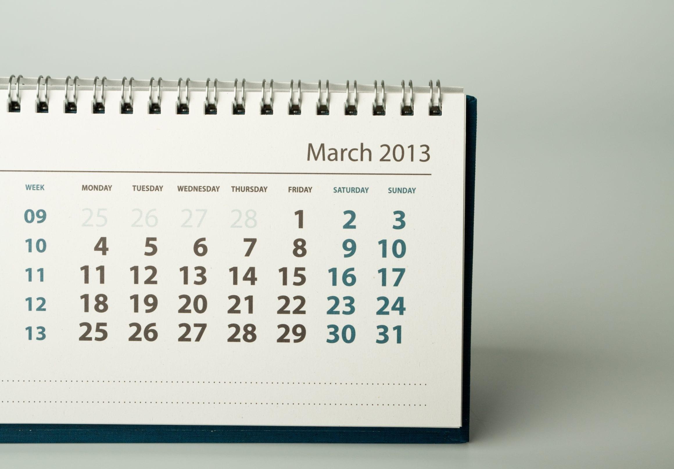 shutterstock 127929752 - Ak máte na stole kalendár