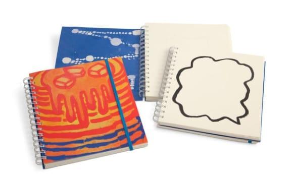 katherine bradford short stack notebook 600x372 580x359 - Plumb – zápisniky od umelcov pre kreatívcov