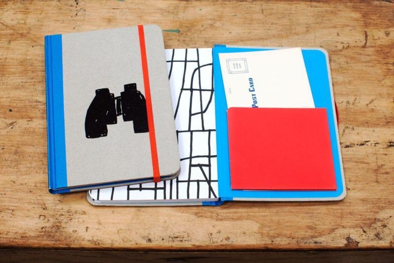 tucker nichols explorer notebook 800x533 - Plumb – zápisniky od umelcov pre kreatívcov