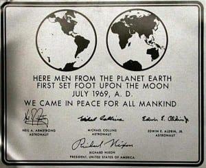 Apollo-11-Plaque-300x245