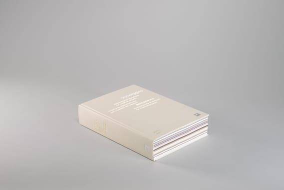 c81e728d9d4c2f636f067f89cc14862c4 - Paper Book - listovanie, ktoré inšpiruje