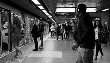 1 380x220 - Atmosféru metra zachytená v GIFoch