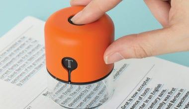 spector2 380x220 - Back to The Future – zariadenie, ktoré vidí fonty aj farby