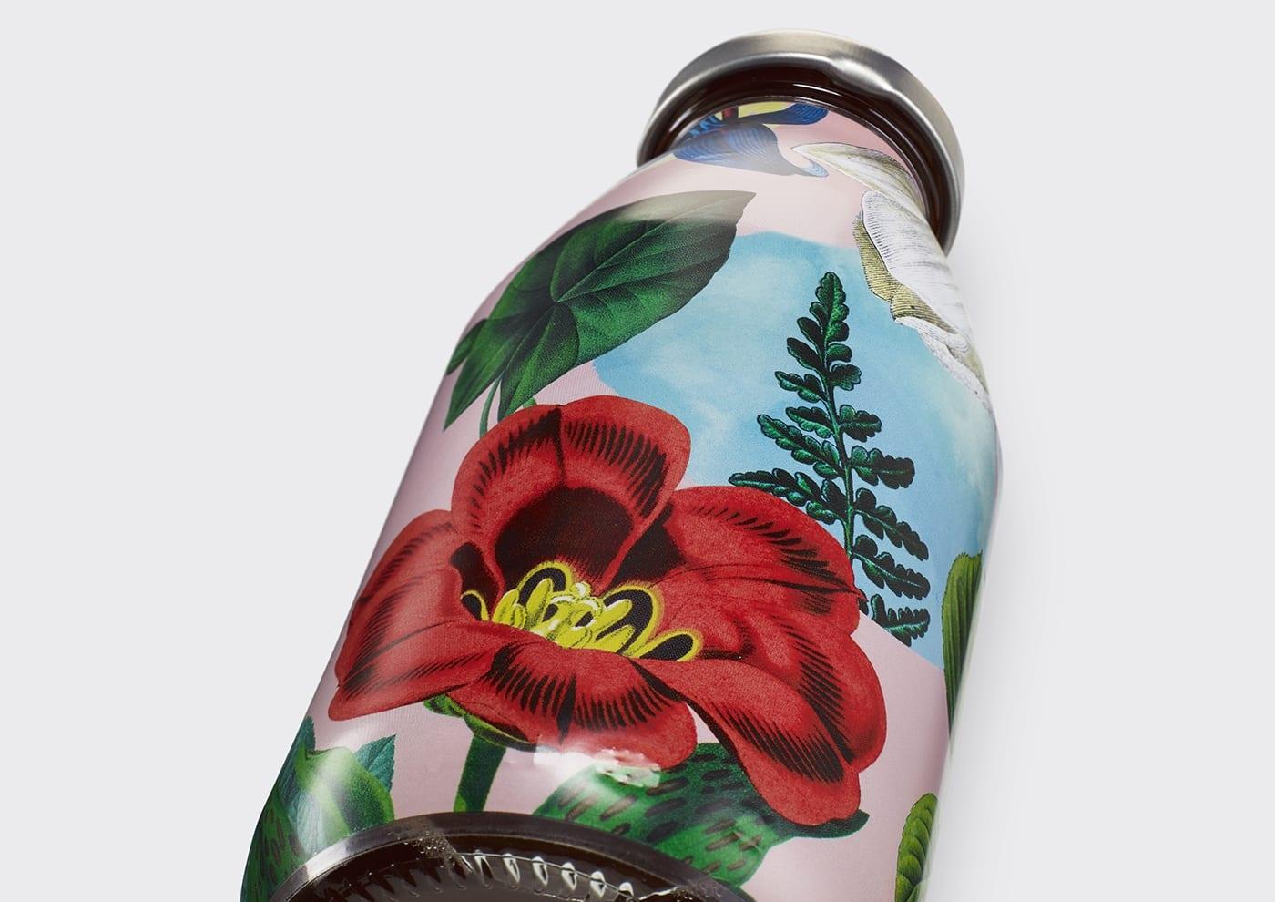 03 Superfly Firefly Non Alcoholic Cocktail Mr Lyan Packaging BB Studio London BPO - Výnimočný nápoj si zaslúži výnimočný obal!