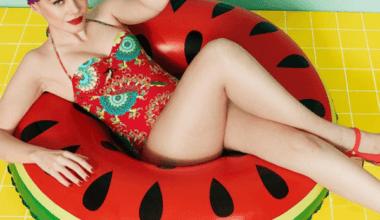 1 Retail Fashion Brand Desigual Swimsuit Campaign Debuts With Entirely Unretouched Photos 380x220 - Značka Desigual opäť vyniká – kampaň bez retuše!