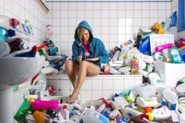 Antoine Repesse 365 Unpacked Recyclable Trash 4 Years 1 380x253 - Skvelý projekt, ktorý poukazuje na náš každodenný problém