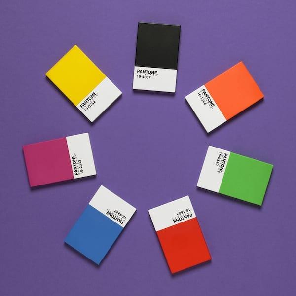 3 - Pestrofarebné doplnky, ktoré Vám rozžiaria deň
