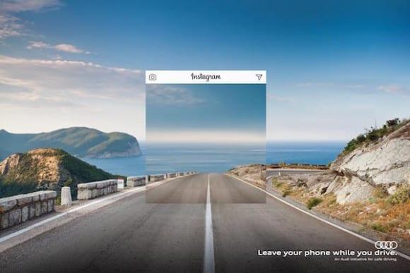 Audi Texting And Driving Leave Your Phone Warp Perception Print Ad Campaign 1 580x387 - Nová kampaň Audi: Mobil za volant nepatrí