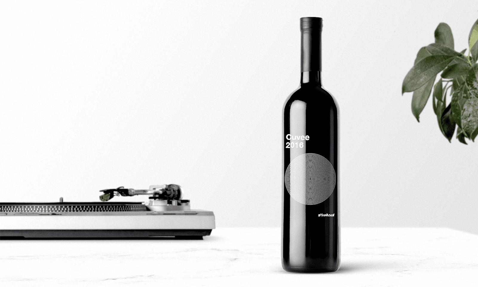 Freilauf Wines 1 - Ach, tie obaly – Freilauf Wines