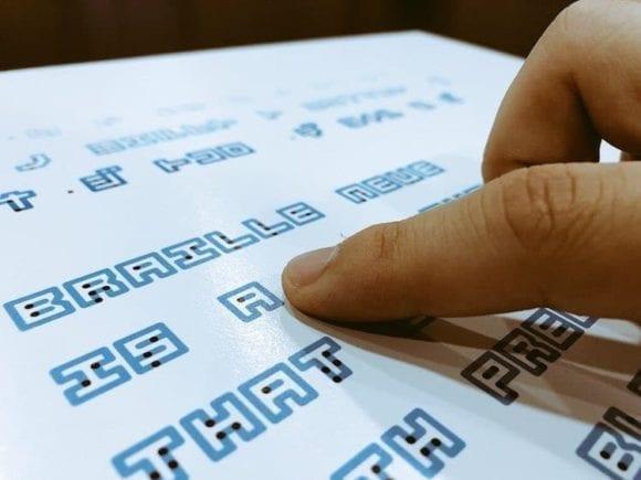 cover 580x435 - Braille Neue: inkluzívna typografia spája Braillovo písmo a viditeľné písmená