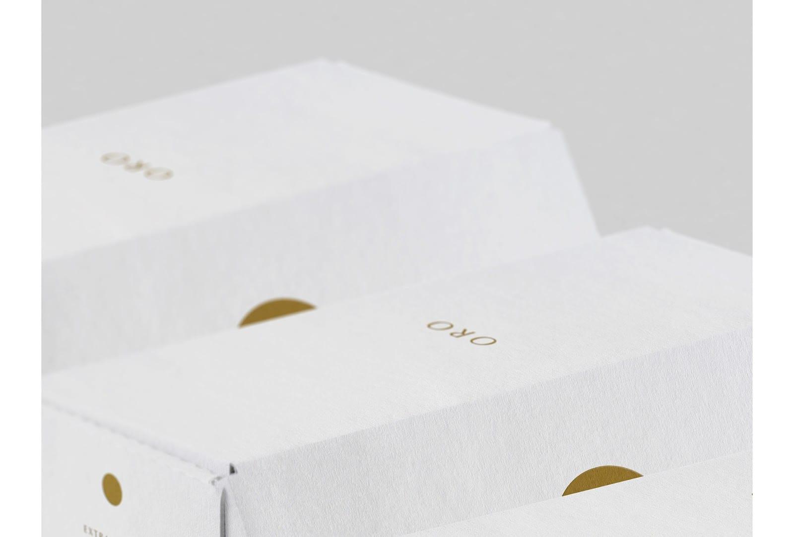 Oro 04 - Ach, tie obaly – Oro