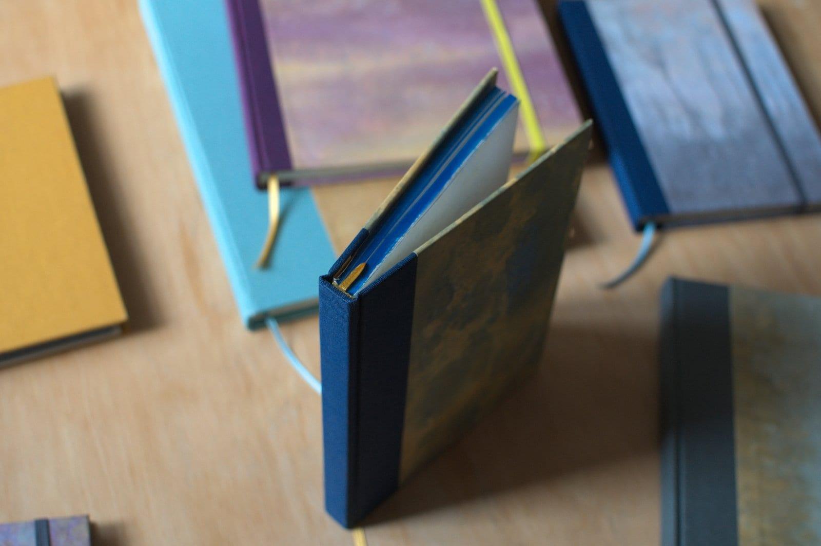 knihbody - Kniha nie je mŕtva – workshop ručnej knižnej väzby