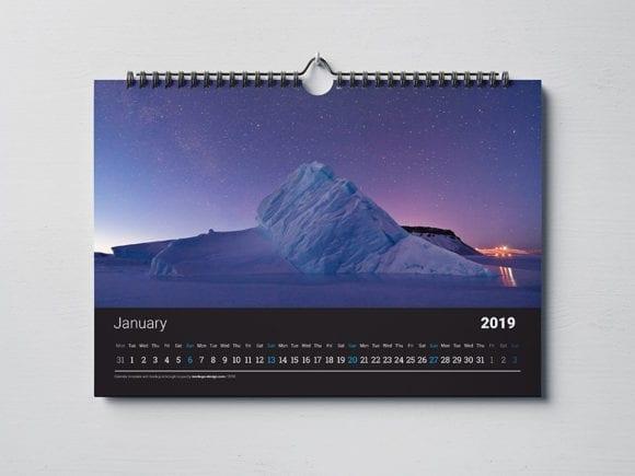 cover 12 580x435 - Stiahnite si mockupy kalendárov rôzneho formátu