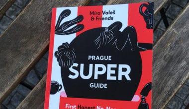cover dtp 4 12 380x220 - Prague Superguide s ilustráciami Barbory Idesovej