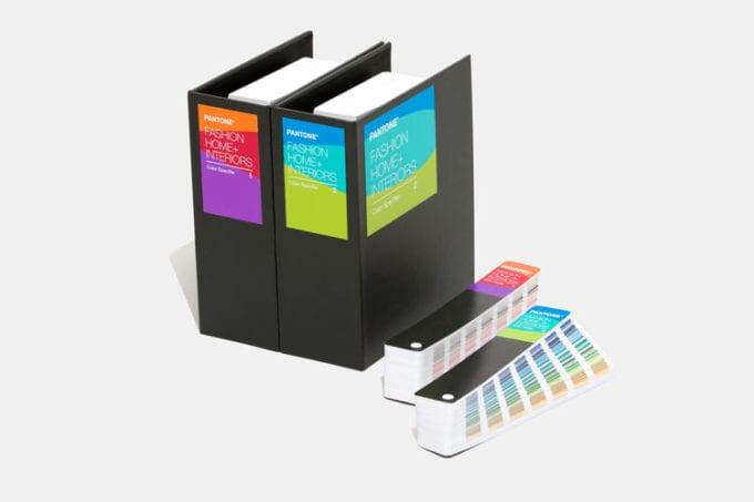 c 2 680x453 - Pantone má 315 nových farieb