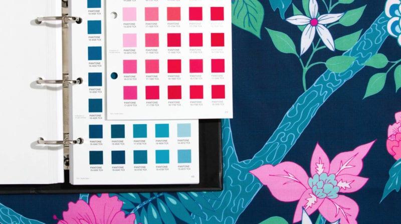 cover 4 800x448 - Pantone má 315 nových farieb
